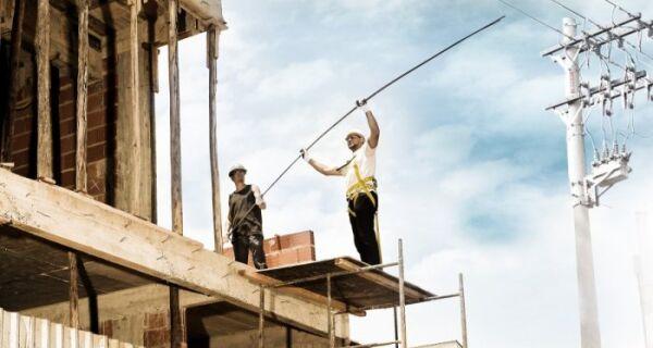 Enel alerta para risco de obras próximas à rede elétrica