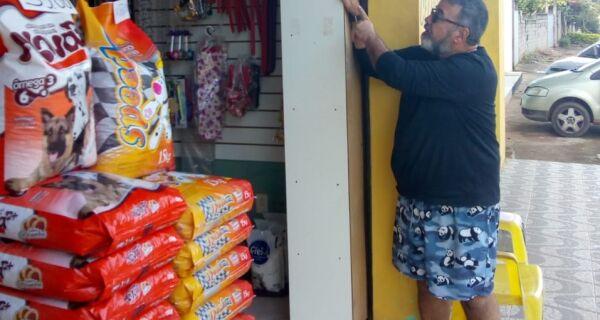 Parceria com comércios de bairro amplia pontos para pagamento da conta de água