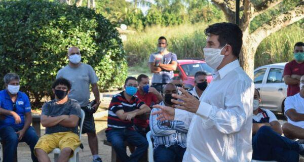 Prefeito de Búzios recebe representantes e motoristas de cooperativas de van