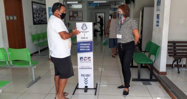 Secretaria de Fazenda de Cabo Frio instala totem com álcool em gel