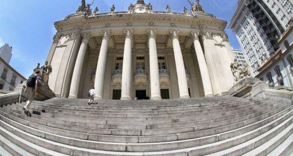 Alerj vai recorrer de decisão do STF de suspendeu processo de impeachment de Witzel