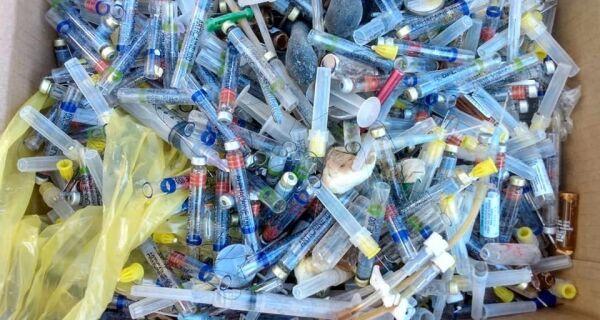 Comsercaf notifica clínica odontológica por descarte irregular de lixo hospitalar