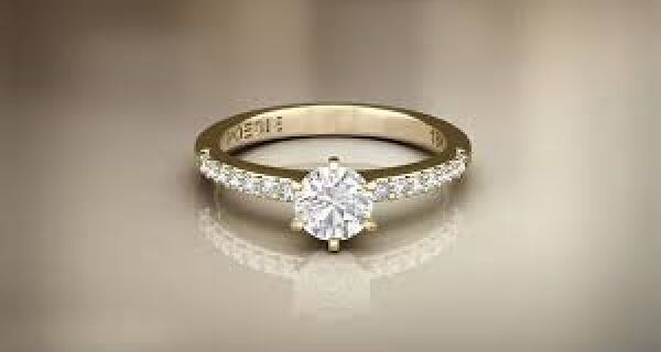 Quatro dicas para escolher o anel de noivado ideal