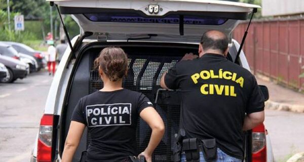 Polícia faz ação contra venda de cursos preparatórios piratas