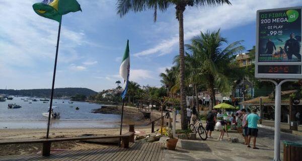 Búzios libera o funcionamento de restaurantes, música ao vivo e quiosques de praia