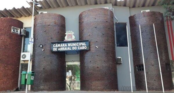 Falta de quórum impede proposta de CPI da Educação em Arraial