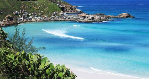 Prefeitura de Arraial libera acesso a algumas praias e dá início à retomada gradual do Turismo