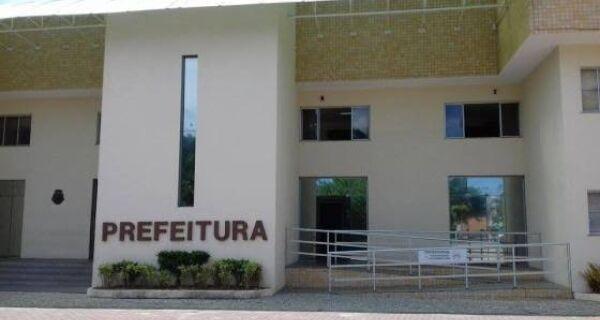 Prefeitura de Cabo Frio exonera 1.240 servidores comissionados