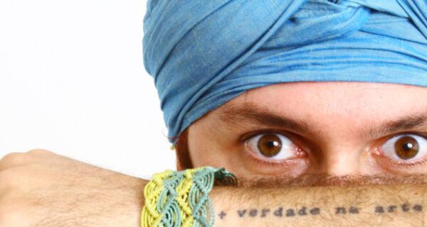 Músico, cantor e poeta Azul cria blog e publica textos reflexivos