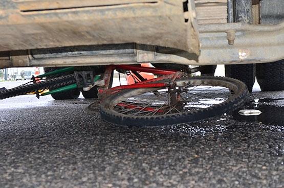 Acidente deixa ciclista ferido em São Pedro