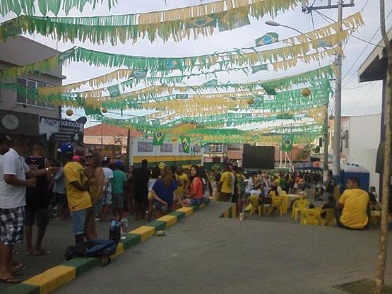 Telão da Rua da Parra, em São Pedro, não liga e deixa torcedores na mão