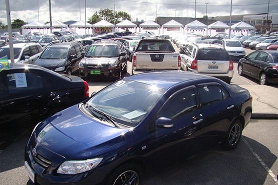 Feira Forte oferece condições especias para visitantes interessados em comprar carro