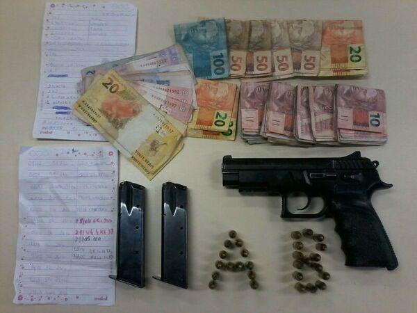 Policiais apreendem uma menor com pistola com numeração raspada no bairro Monte Alegre, em Cabo Frio