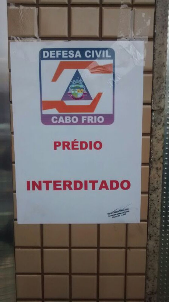 Após ser vistoriado, prédio no centro de Cabo Frio continua interditado