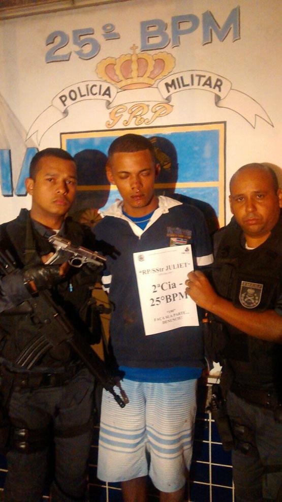 Homens trocam tiros com policiais no bairro Vinhateiro, em São Pedro da Aldeia