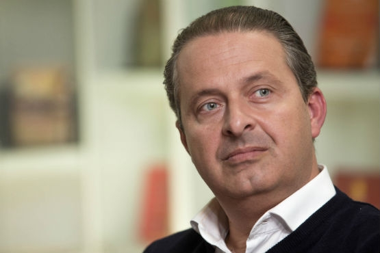 Alair Corrêa determina bandeiras a meio mastro por morte de Eduardo Campos
