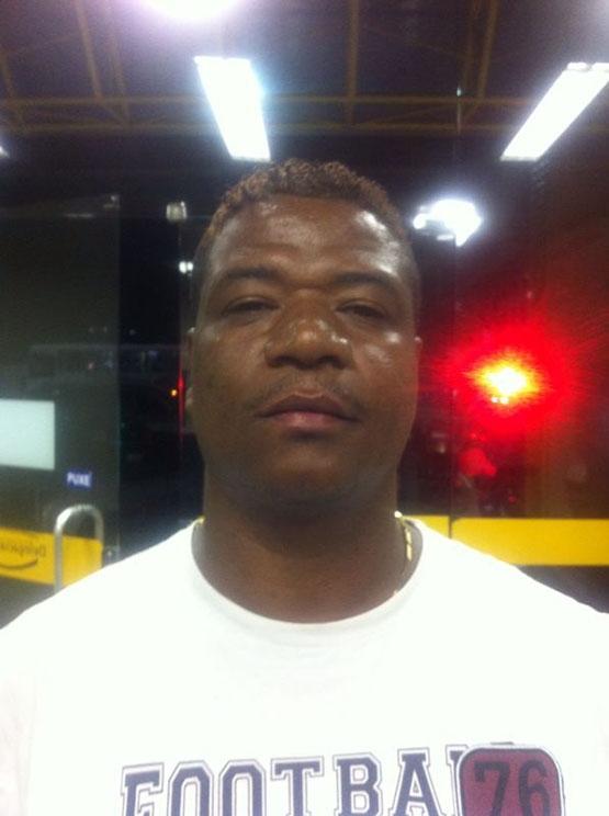Robinho da MJ, que já tem passagem por roubo, é preso com revólver calibre 38 no bairro Maria Joaquina, em Cabo Frio
