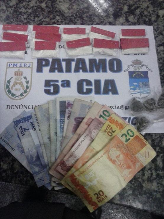 Homem é preso na Praça Cem Braças, em Búzios, após ser flagrado vendendo drogas