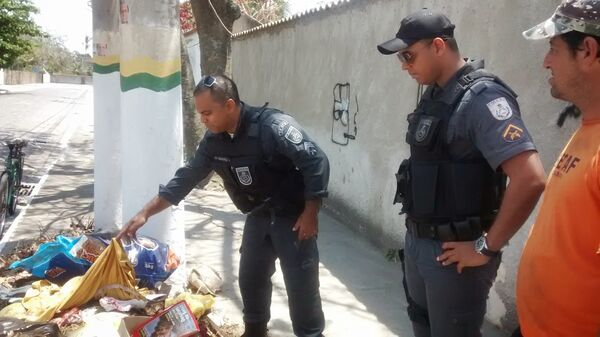 Feto de cerca de seis meses é encontrado no lixo, no bairro das Palmeiras
