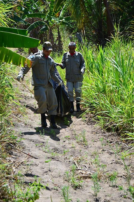 Polícia encontra corpo enterrado no alto de um morro em Monte Alegre