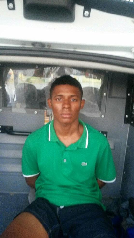 MK é preso com motocicleta furtada na Avenida Assunção, em Cabo Frio