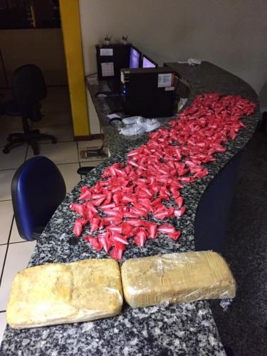 Polícia Militar apreende grande quantidade de drogas