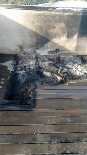 Cabine da Ilha do Japonês, em Cabo Frio, é incendiada