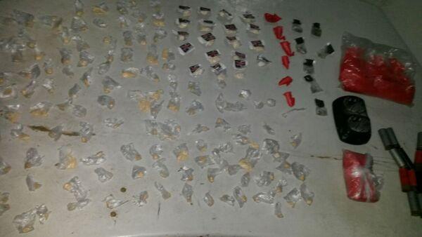 Polícia apreende drogas e munição em Unamar