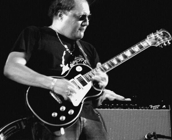 Guitarrista Léo Barreto comemora volta ao blues