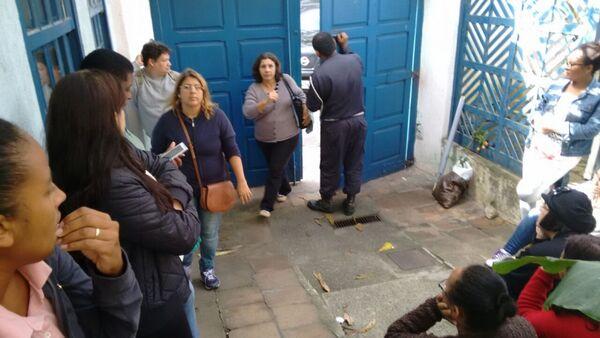Servidores e secretário negociam desocupação de prédio da Fazenda