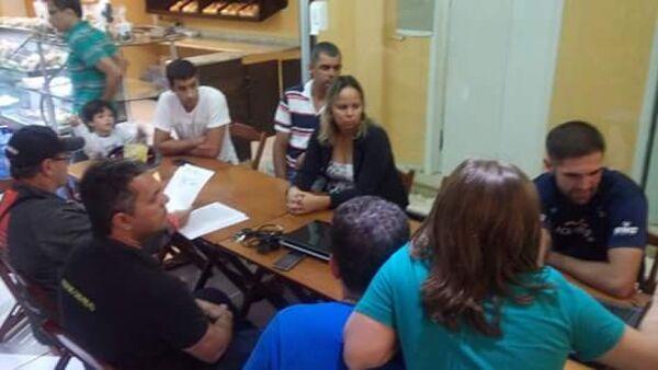 Ciclistas de Cabo Frio fazem carta-compromisso para pré-candidatos a prefeito