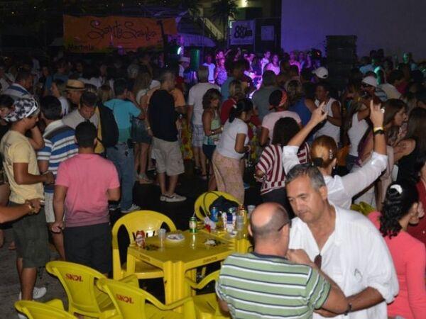Domingo é dia de Santo Samba em Cabo Frio