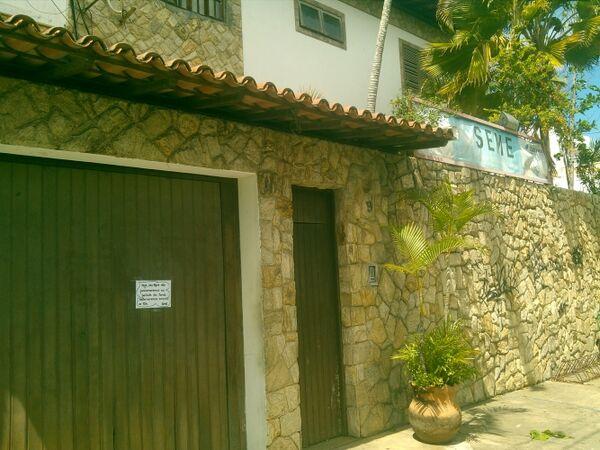 Sede da secretaria de Educação está com as portas fechadas