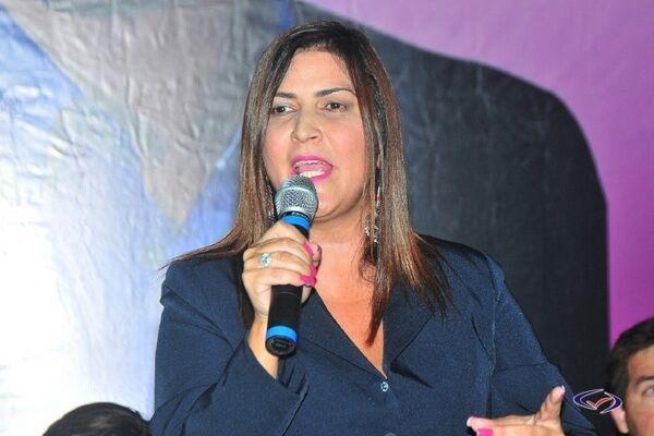 Elizangela Lobo: ''Tenho autonomia nas minhas propostas e ações'