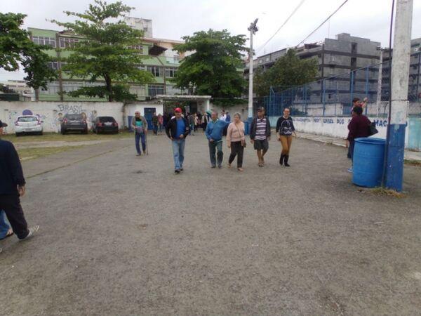 Seções da 96ª Zona Eleitoral, em Cabo Frio, tiveram oito urnas substituídas na manhã deste domingo