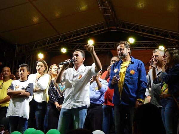 Chumbinho se reelege em São Pedro da Aldeia