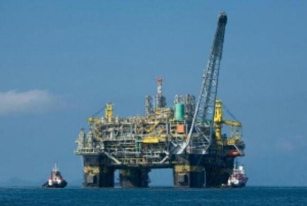Produção de petróleo bate recorde pelo terceiro mês consecutivo
