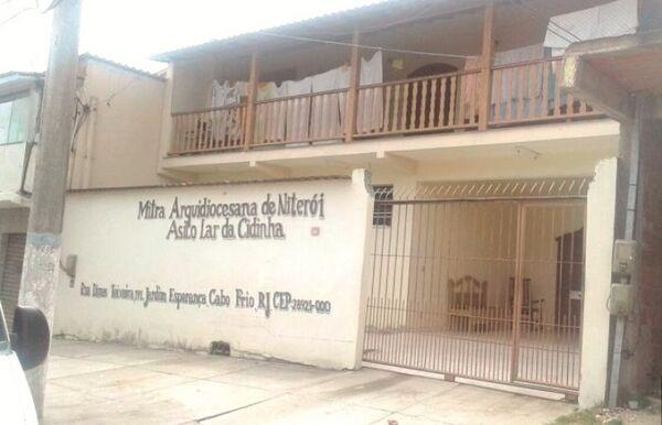 Prefeitura de Cabo Frio promete manter aberto Lar da Cidinha