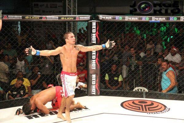 Estreia de Alexandre Pantoja no UFC está cercada de muita expectativa