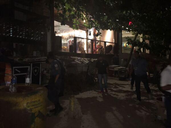 Polícia reprime 'cracolândia' instalada próximo à Orla Bardot
