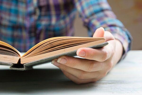 Unesco: 758 milhões de adultos não liam ou escreviam uma frase simples em 2015