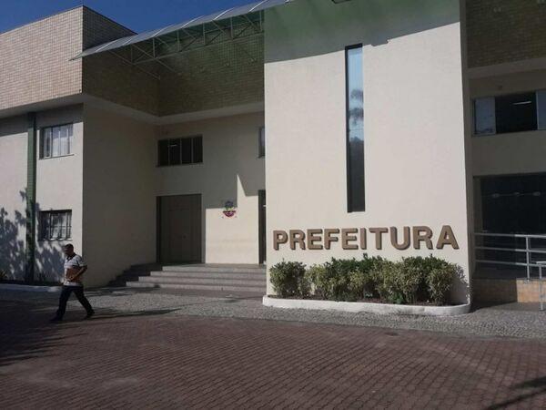 Governo Adriano vai avaliar possíveis vetos à reforma