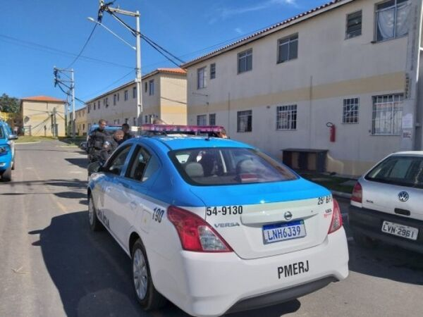 Polícia Civil investiga morte de casal assassinado perto de condomínio popular