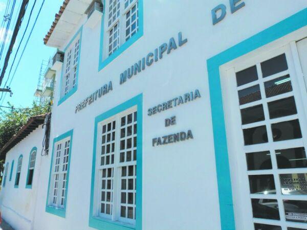 Prefeitura anuncia pagamento de aposentados e contratados