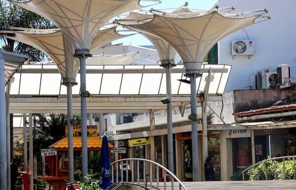 Prefeitura inicia reforma da estrutura elétrica da Rua dos Biquínis