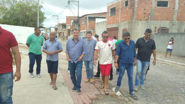 Em visita ao Manoel Corrêa, vereadores prometem pedir melhorias junto à prefeitura