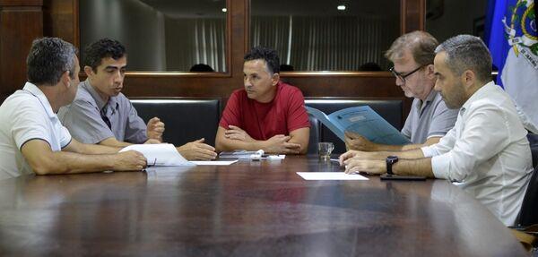 Proposta de desoneração de empresas é apresentada a prefeito de São Pedro