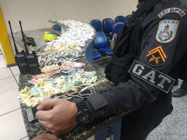 Quarteto é preso em flagrante com drogas em Monte Alegre