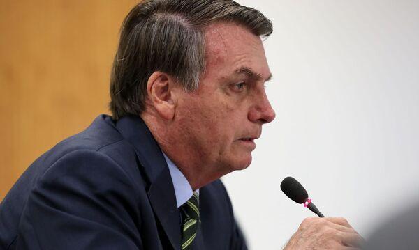 Bolsonaro anuncia ajuda a trabalhador informal de R$600