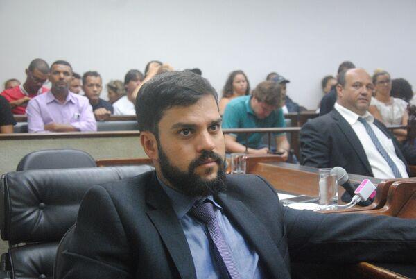 """""""Não acho que seja o momento"""", diz Miguel Alencar, sobre as OSs"""